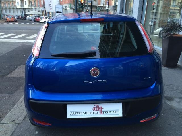 FIAT Punto Evo 1.4 5 porte S&S Dualogic 150° Immagine 3
