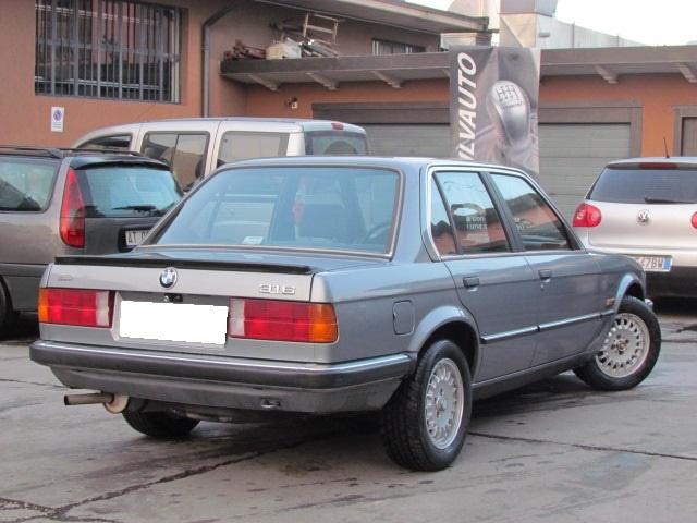 BMW 316 E30 4 PORTE ISCRITTA BMW CLUB ITALIA Immagine 1