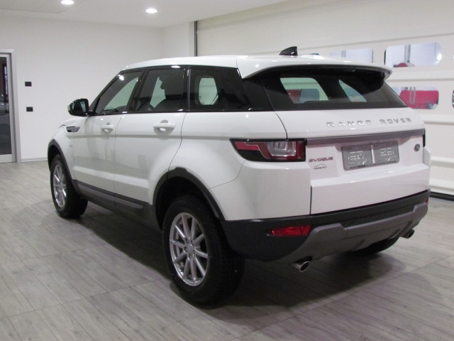 LAND ROVER Range Rover Evoque 2.0 TD4 Pure 5P 150CV MY '18 EURO6 Immagine 2