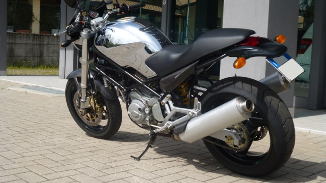 DUCATI Monster 900 Cromo i.e. Immagine 1
