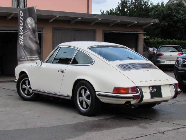 PORSCHE 911 E COUPE' 2200 MY1970 Immagine 3
