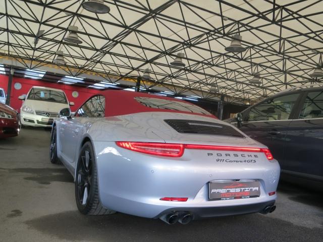 PORSCHE 911 3.8 Carrera 4 GTS Cabriolet PDK Sport Design Immagine 2