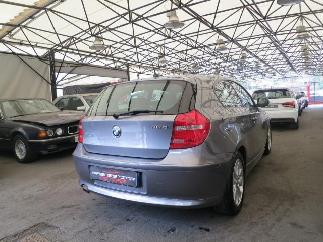 BMW 118 d 2.0 143CV cat 3 porte Futura DPF Immagine 2