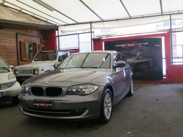 BMW 118 d 2.0 143CV cat 3 porte Futura DPF Immagine 4