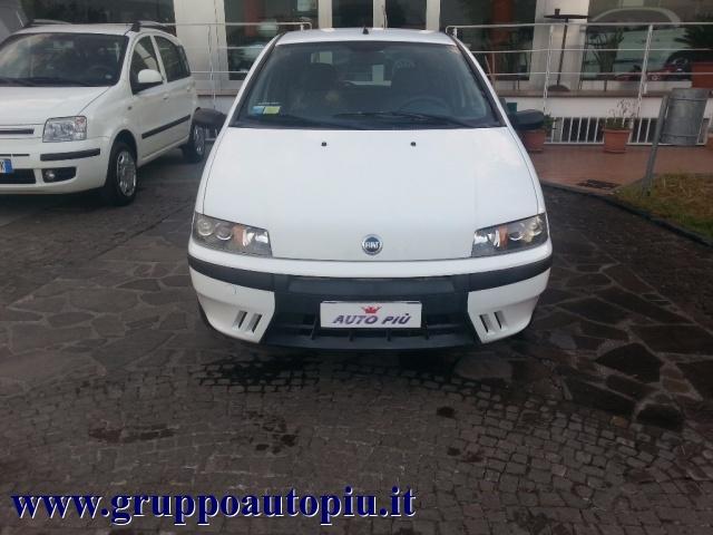 FIAT Punto 1.9 JTD 3 porte ELX Immagine 1