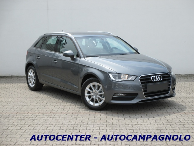 AUDI A3 SPB 1.6 TDI clean diesel S tronic Attraction Immagine 1