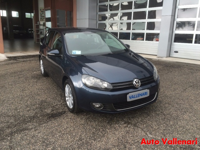 VOLKSWAGEN Golf 2.0 TDI 140CV DPF 5p. Highline Immagine 3