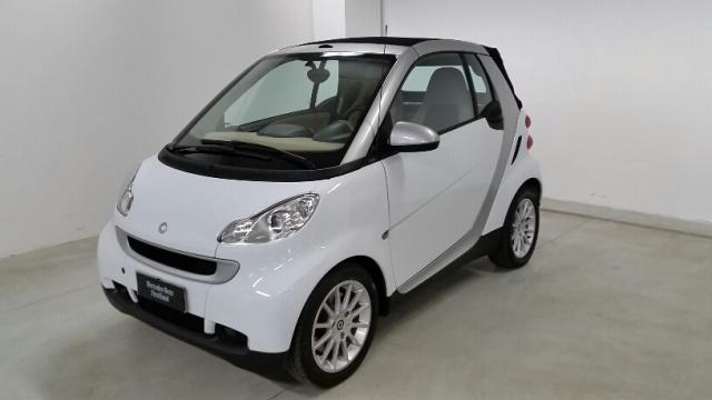 SMART ForTwo 800 40 kW cabrio pure cdi Immagine 0