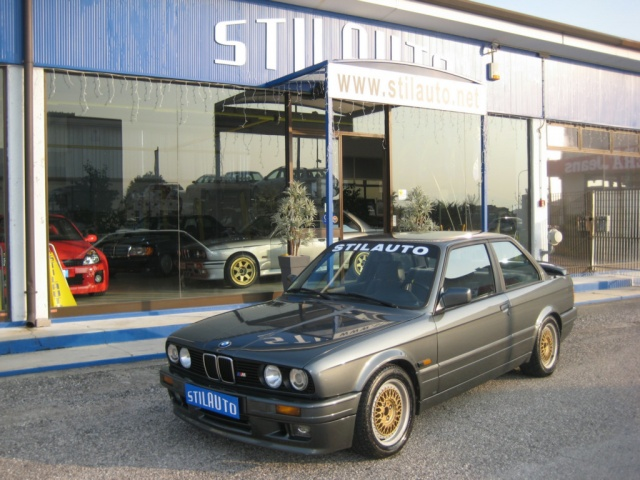 BMW 320 Antracite metallizzato