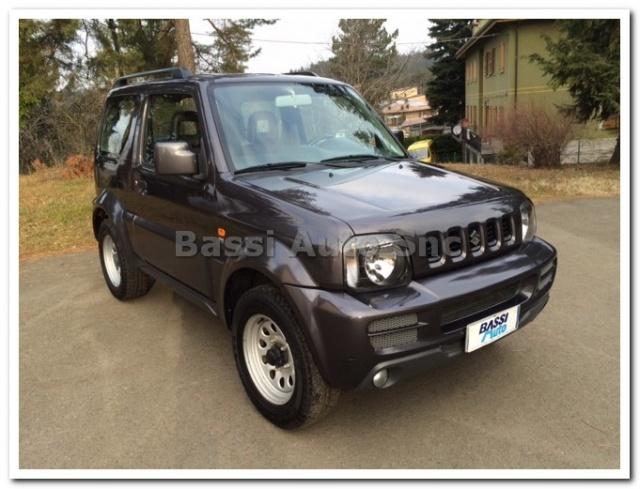 SUZUKI Jimny 1.3i 16V cat 4WD Special Immagine 0