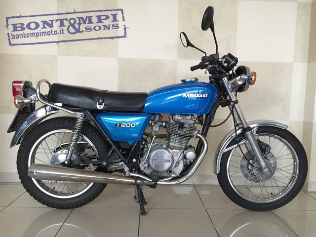 KAWASAKI Z 200 Blue metallized