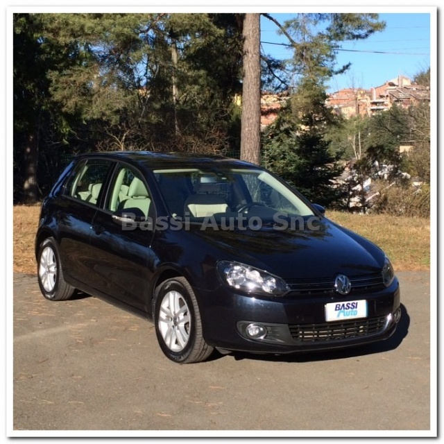 VOLKSWAGEN Golf 2.0 TDI 140CV DPF 4m. 5p. Highline Immagine 2