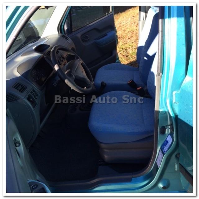 SUZUKI Wagon R+ 1.3i 16V cat 4x4 GL Immagine 4