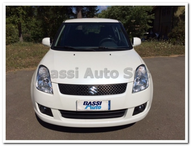 SUZUKI Swift 1.3 4x4 5p. GL Immagine 1
