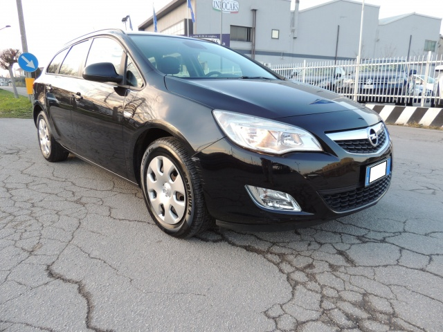 OPEL Astra 1.7 CDTI 110CV incredibile a 6000 euro !! Immagine 0