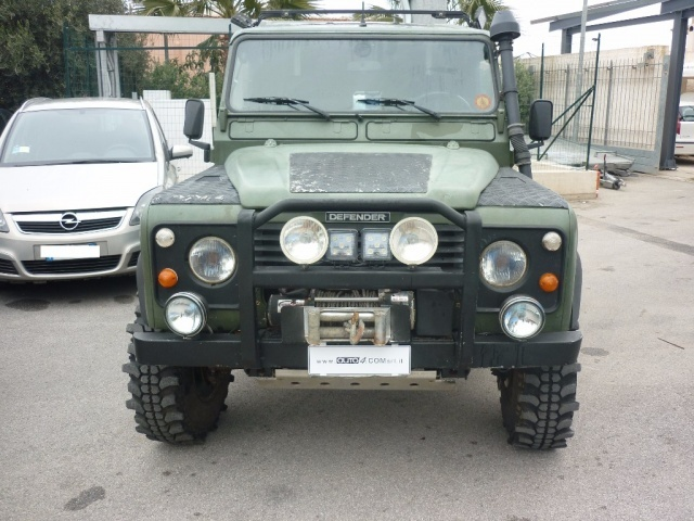 LAND ROVER Defender 90 2.5 Tdi Station Wagon County Immagine 0