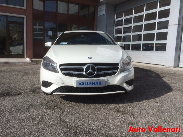 MERCEDES-BENZ A 200 CDI BlueEFFICIENCY Sport Immagine 3