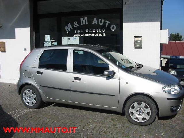 FIAT Punto 1.2 5 porte Dynamic  IMP-METANO!!!!!!! Immagine 0