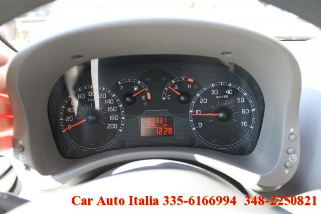 FIAT Panda 1.2 4x4 OTTIME CONDIZIONI CERCHI CLIMA RADIO CD Immagine 3