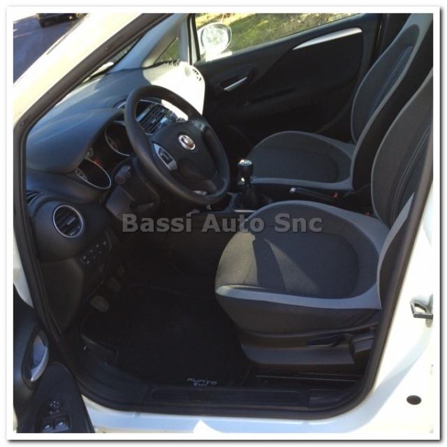 FIAT Punto Evo 1.4 5 porte Dynamic Natural Power Immagine 4