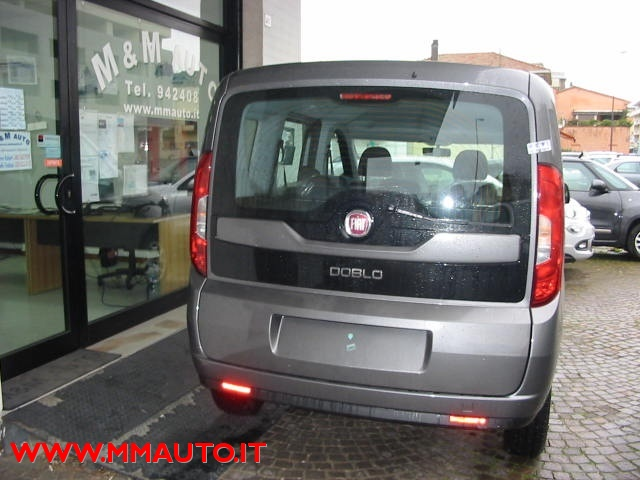 FIAT Doblo Doblò 1.6 MJT 16V 95CV Easy  MOD. NUOVO!!!! Immagine 2