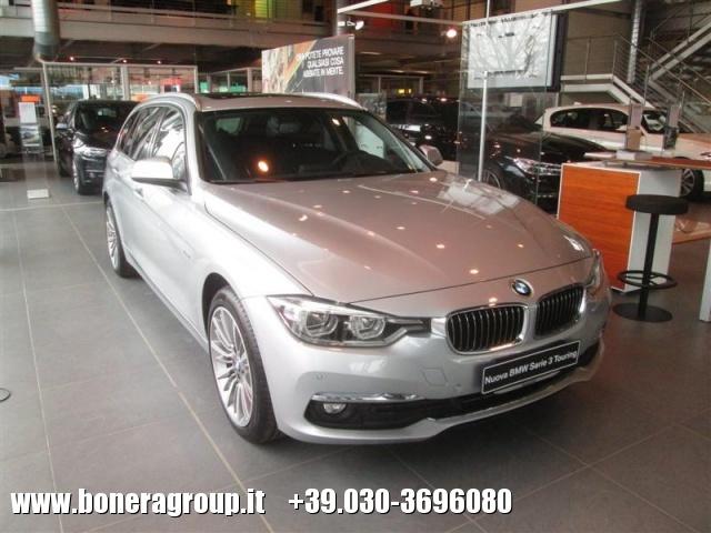 BMW 318 d Touring Luxury Immagine 0