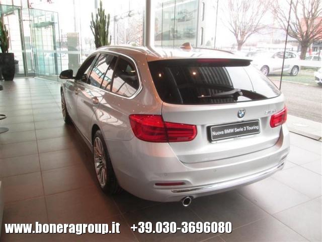 BMW 318 d Touring Luxury Immagine 2