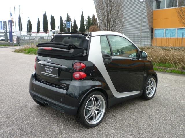 SMART ForTwo 1000 75 kW cabrio BRABUS Immagine 1