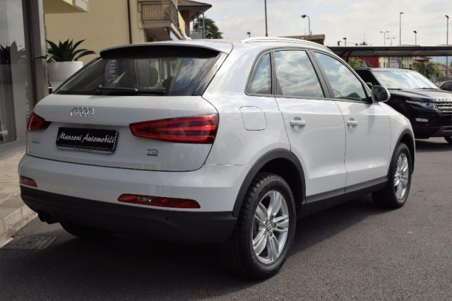 AUDI Q3 2.0 TDI quattro S tronic Advanced Plus Immagine 4