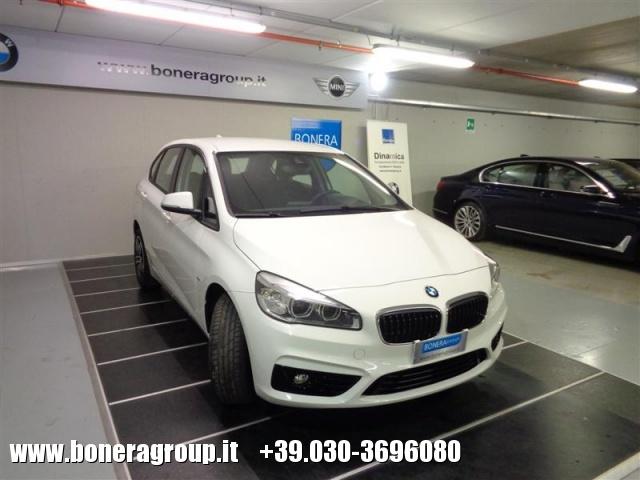BMW 218 d Active Tourer Sport Immagine 2