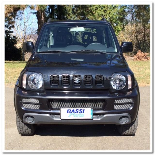 SUZUKI Jimny 1.3i 16V cat 4WD JLX Immagine 1