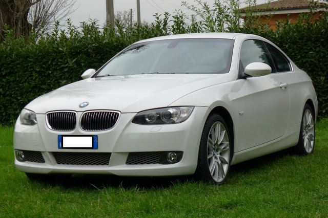 BMW 335 xi cat Coupé Futura Immagine 0