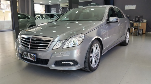 MERCEDES-BENZ E 250 CDI BlueEFFICIENCY Avantgarde SOLO 17000 KM Immagine 1