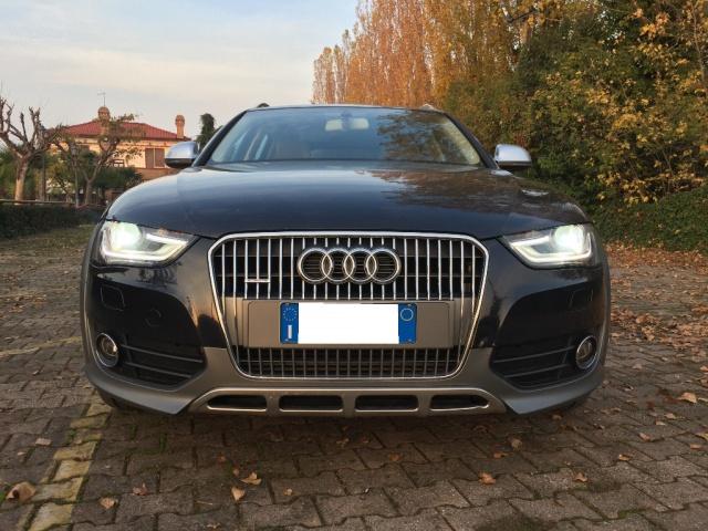 AUDI A4 allroad 3.0 V6 TDI 245 CV S tronic Business Plus Immagine 2