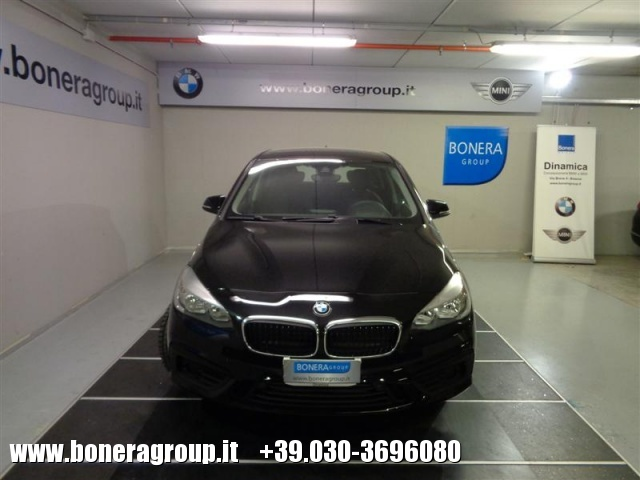 BMW 218 d Active Tourer Immagine 1