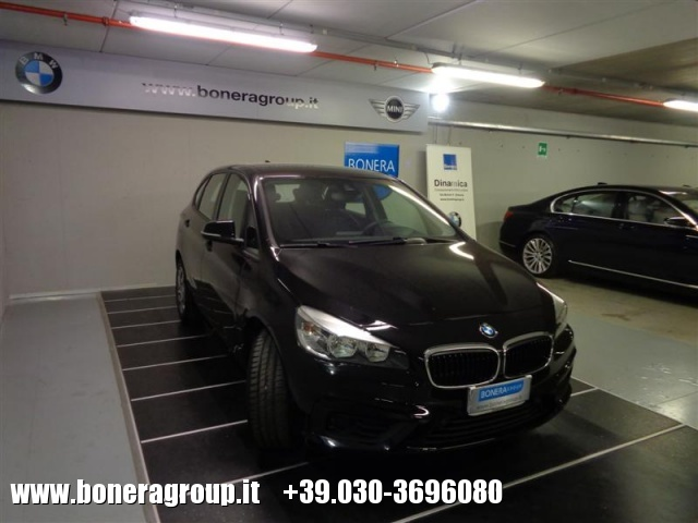 BMW 218 d Active Tourer Immagine 2