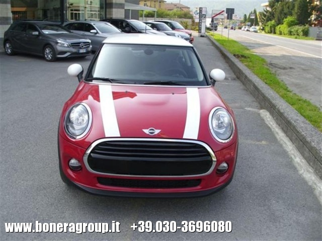 MINI Cooper D 1.5 D Business Immagine 0