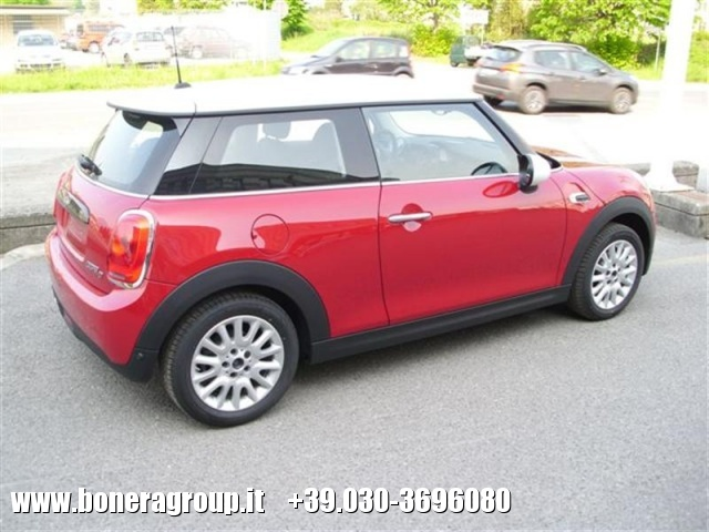 MINI Cooper D 1.5 D Business Immagine 1