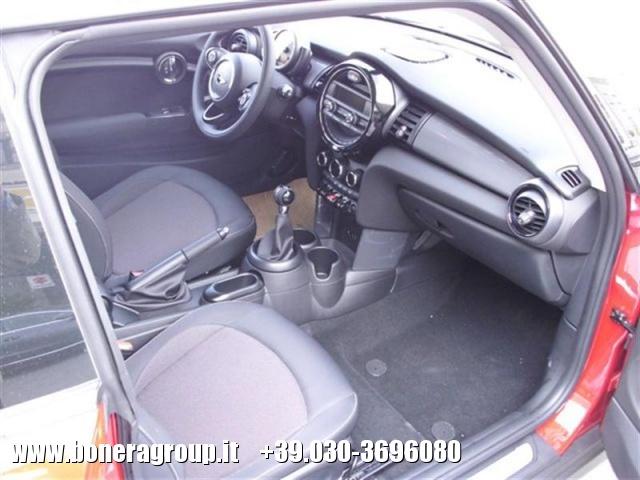 MINI Cooper D 1.5 D Business Immagine 4