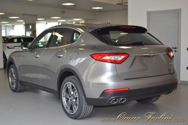 "MASERATI Levante 3.0d V6 275CV BUSINESSPACK CAM 20""SOSP.ATTIVE FULL Immagine 3"