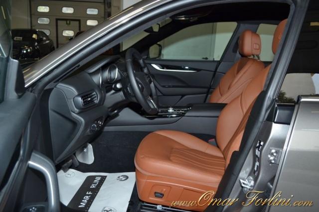 "MASERATI Levante 3.0d V6 275CV BUSINESSPACK CAM 20""SOSP.ATTIVE FULL Immagine 4"