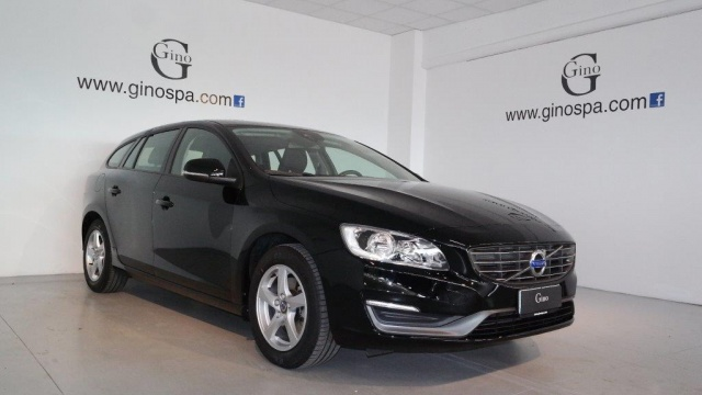VOLVO V60 D2 1.6 Business Immagine 1