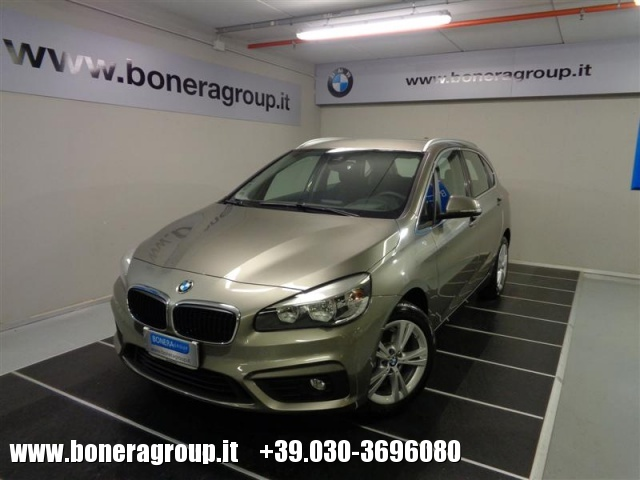 BMW 218 d Active Tourer Advantage Immagine 0