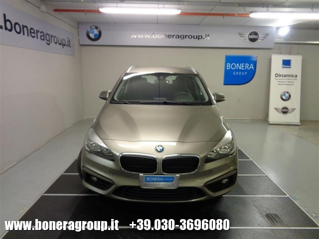 BMW 218 d Active Tourer Advantage Immagine 1