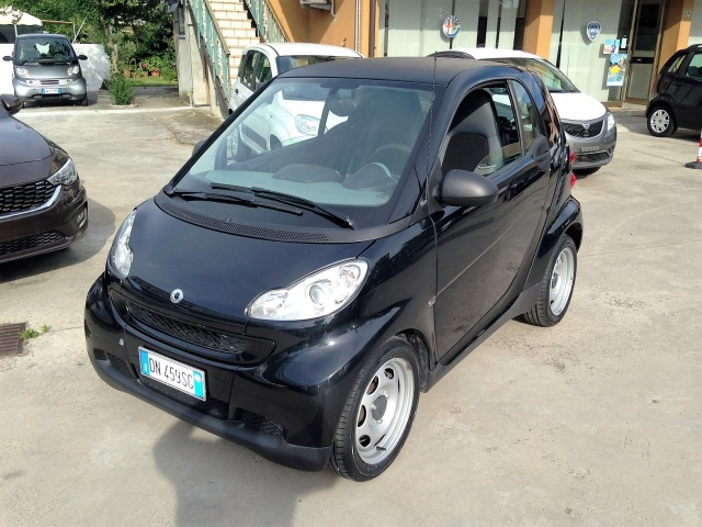 SMART ForTwo 1000 45 kW coupé pure Immagine 0