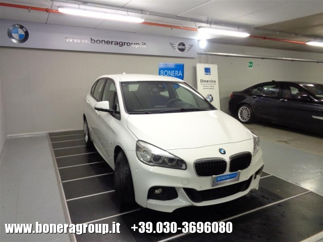 BMW 218 d Active Tourer MSport Immagine 2