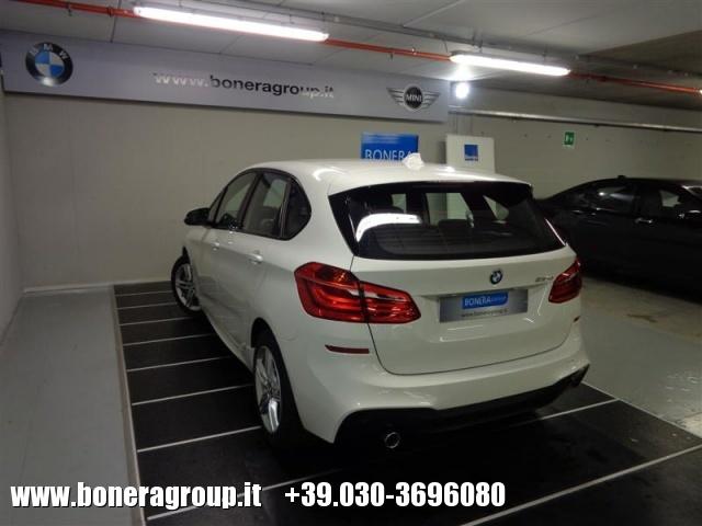 BMW 218 d Active Tourer MSport Immagine 4