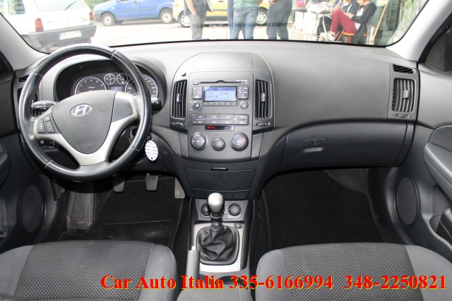 HYUNDAI i30 CW 1.4 16V 109CV BlueDrive GPL UNICO PROPRIETARIO Immagine 2