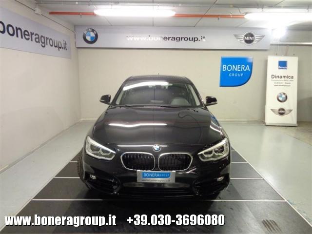 BMW 118 d 5p. Sport  Autom. Immagine 1