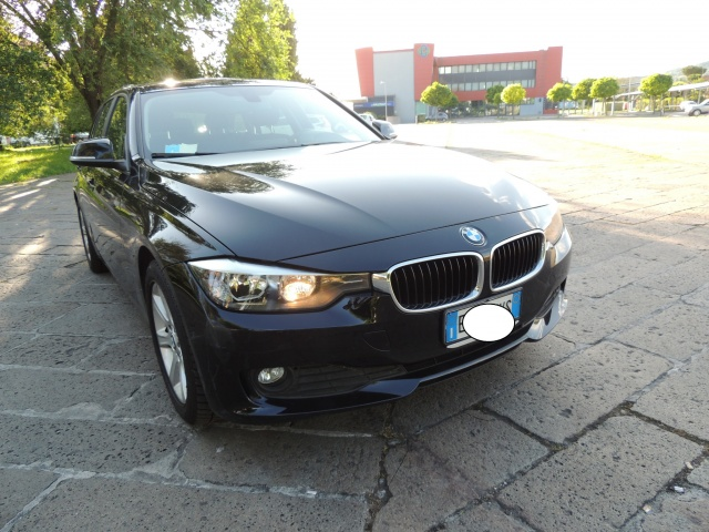 BMW 320 d 184 CV Touring New  Model F31 Immagine 3